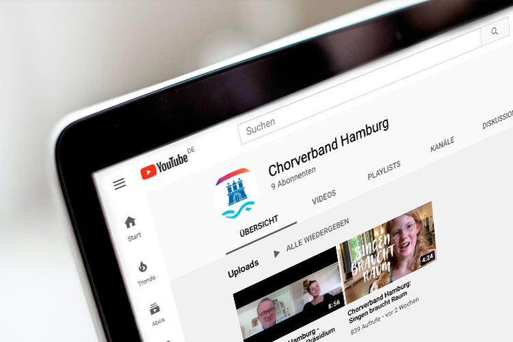 Chorverband YouTube-Seite auf einem Notebook